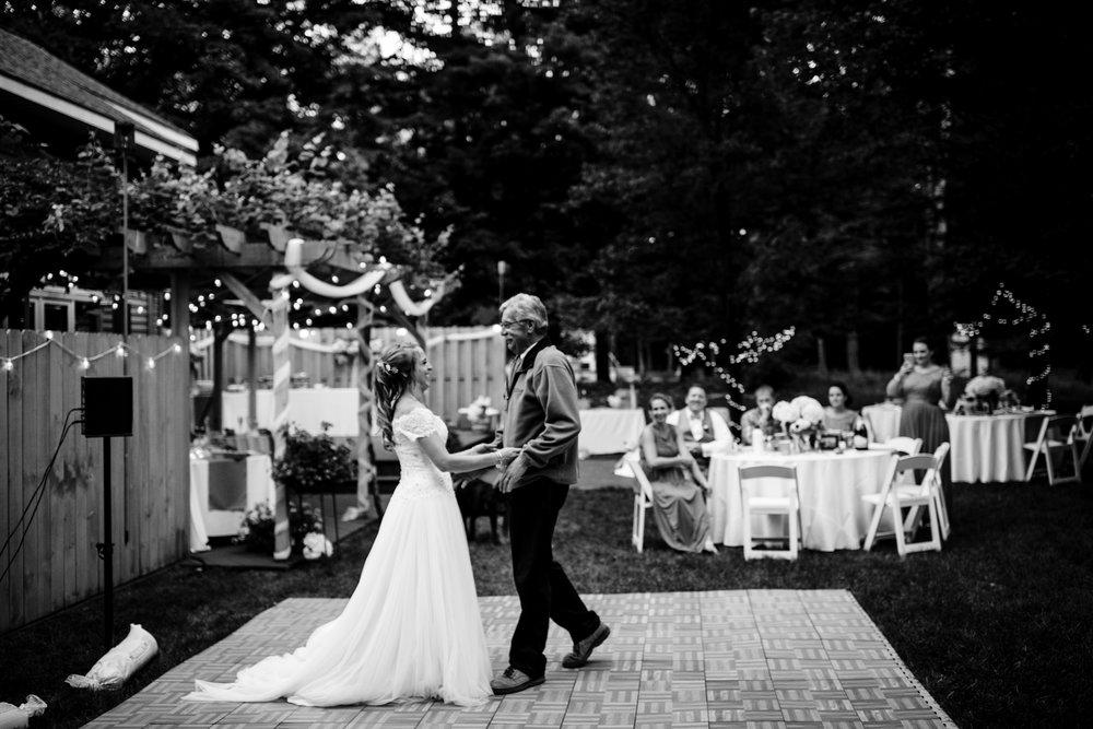ludington-michigan-intimate-backyard-wedding-jessica-nolan466.jpg