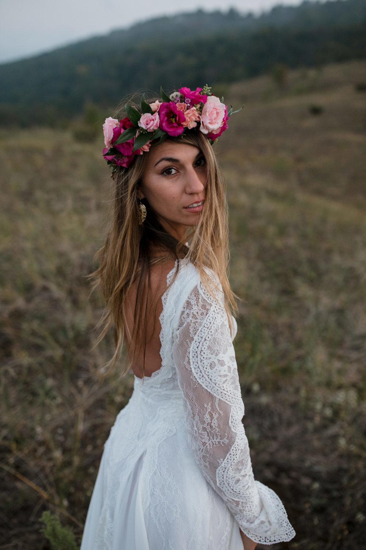 michigan-emotive-photographer-moonlight-elopement-mariha-hunter-191.jpg