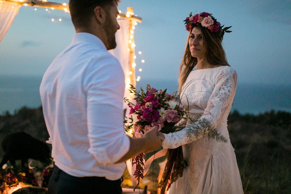 michigan-emotive-photographer-moonlight-elopement-mariha-hunter-262.jpg
