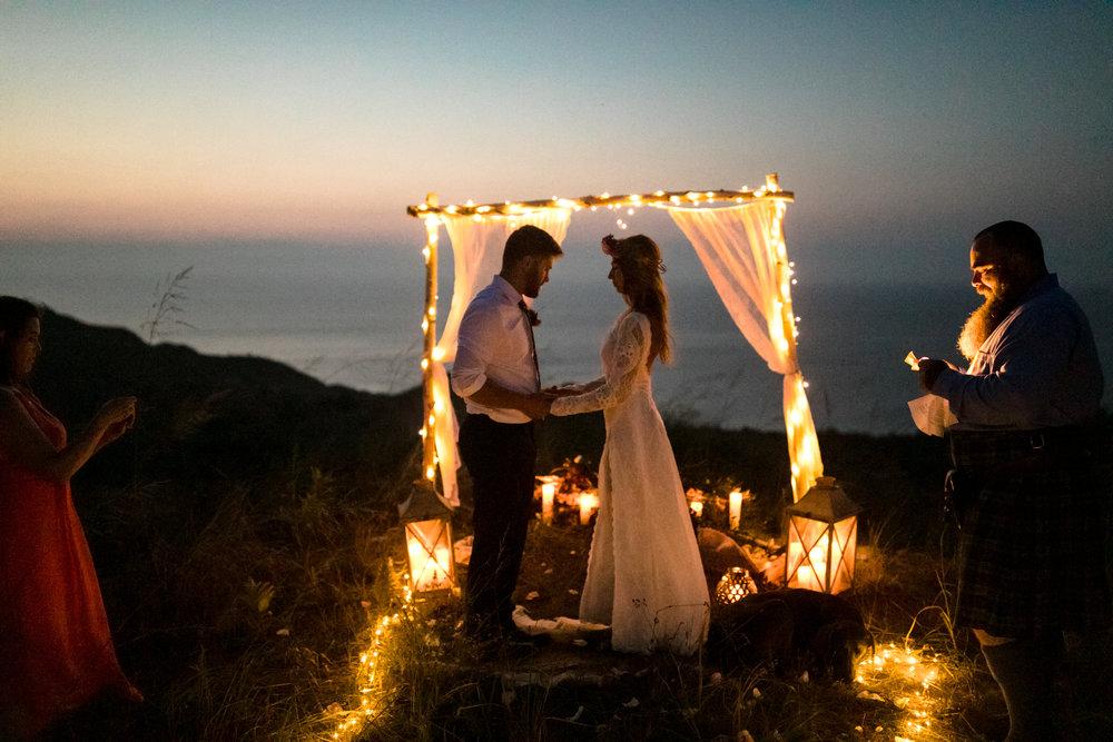 michigan-emotive-photographer-moonlight-elopement-mariha-hunter-287.jpg