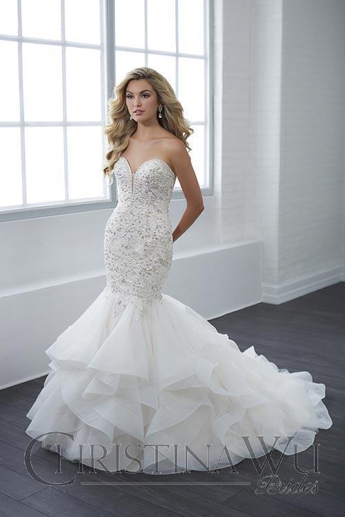 15662  - Bridal Dresses - IreneRocha.com
