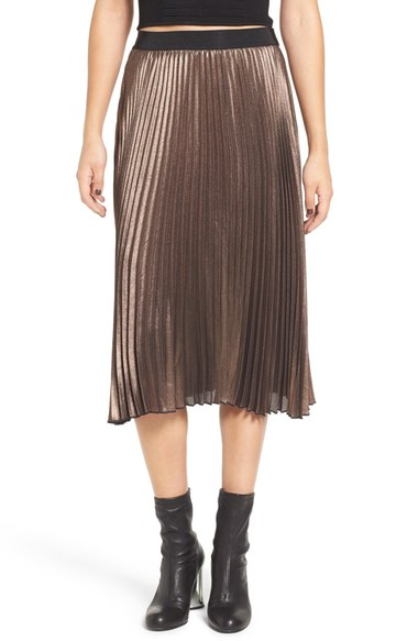 Leith Metallic Pleat Midi Skirt from Nordstrom  Talk about comfortable for all the holiday parties! Love elastic waistbands.
