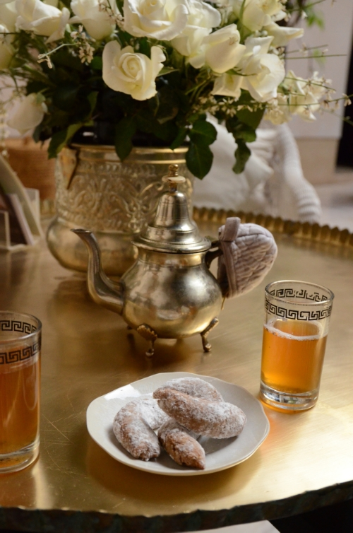 Mint tea and biscuits at Riad Dixneuf la Ksour | photo by Maleeha Sambur