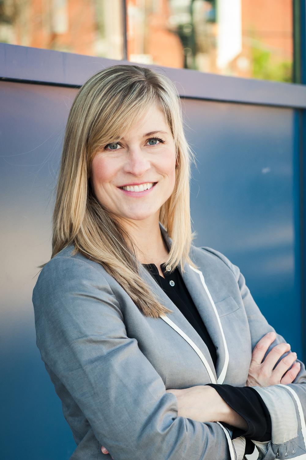 Lisl Huber, PRINCIPAL