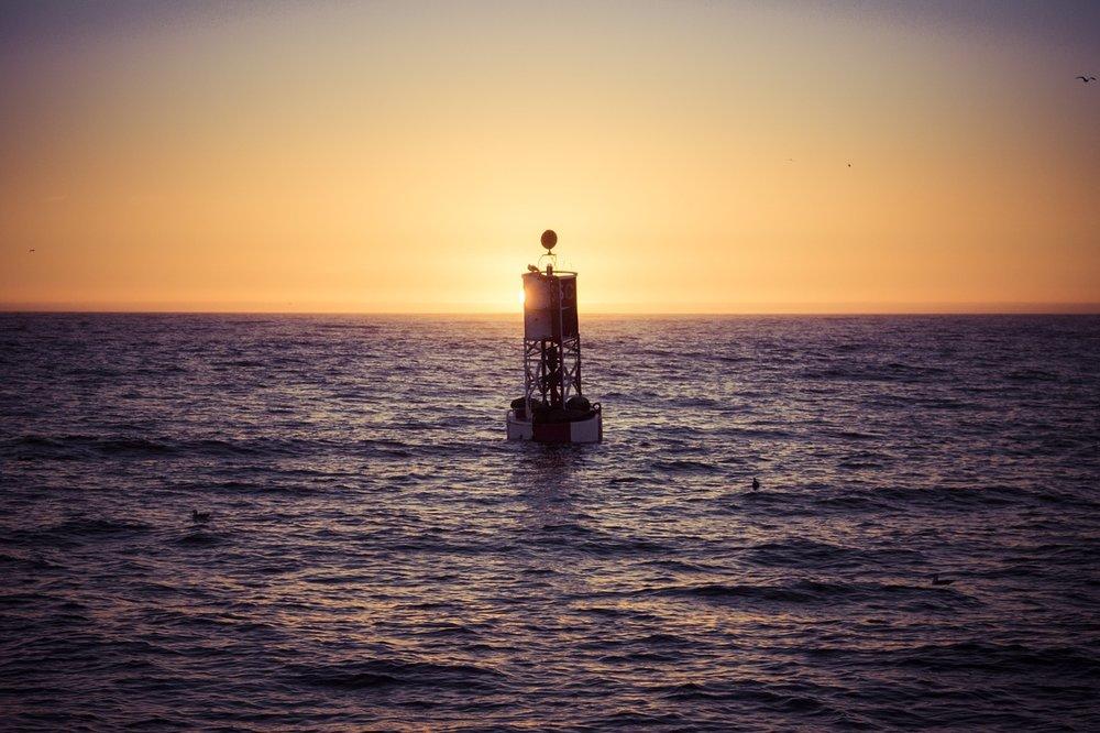 buoy-1094912_1280.jpg