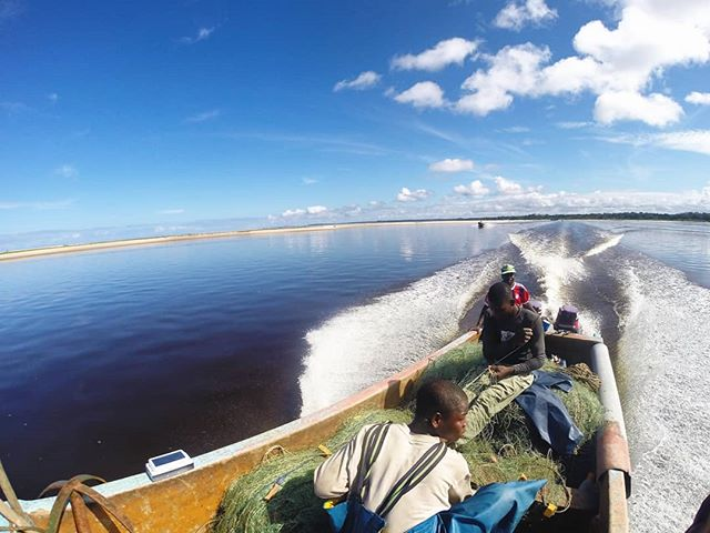 Here's hoping everyone's week is starting off with smooth waters! Thanks Ryan Jenkinson for the beautiful photo of PDS at work in Gabon! #parcsgabon #sustainablefishing #solarpowered