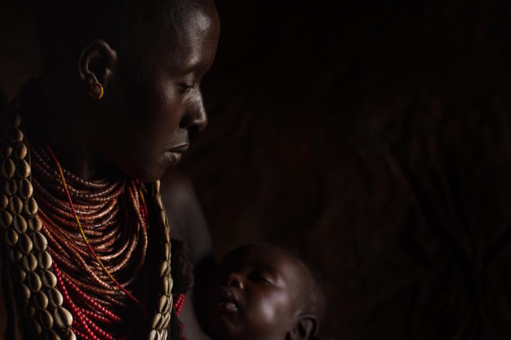 Mother & Child ETH141019-20548