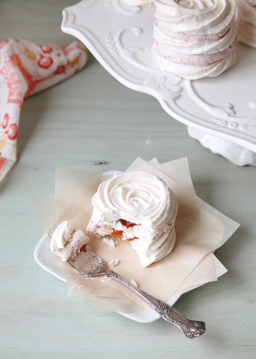 IMeringue-Torte-Bite3.jpg