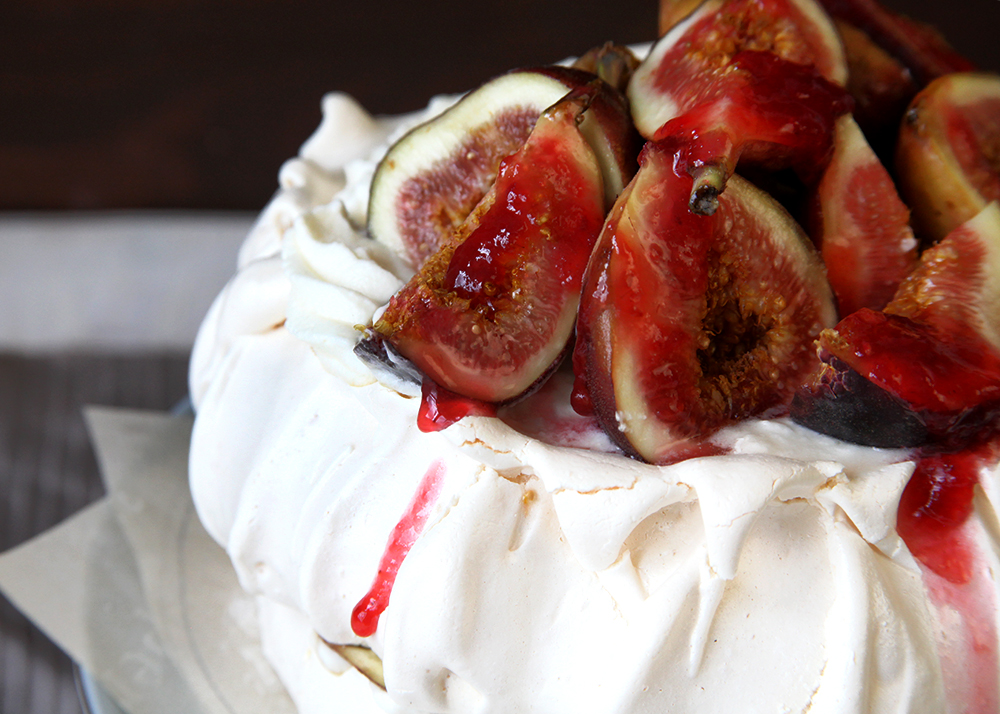 Rasp-Fig-Pavlova-Horizontal