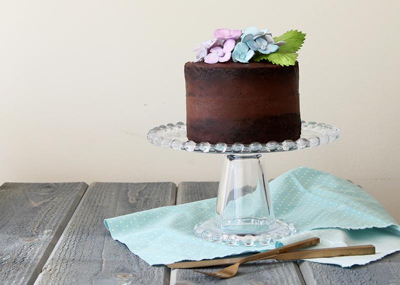 Chocolate-Hydrangea-Cake-Horizontal2
