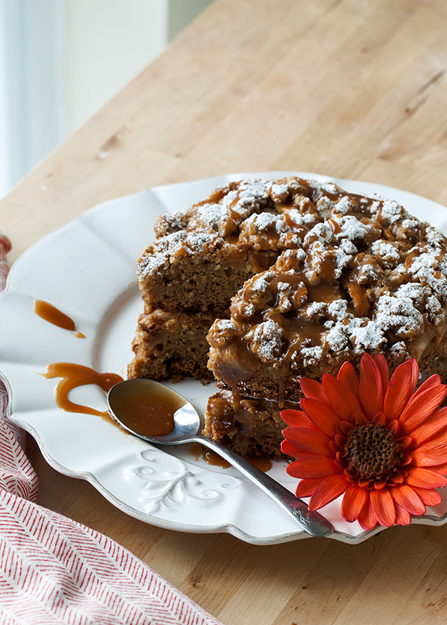 Apple Caramel Crunch Cake