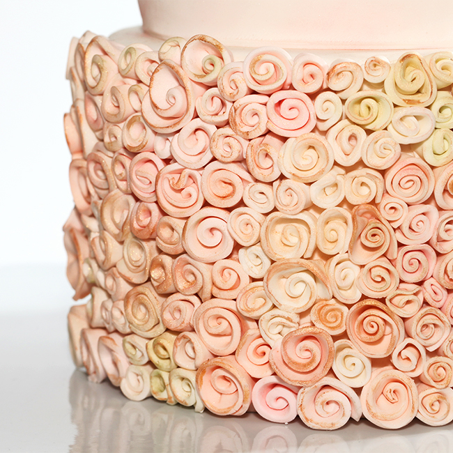 Pink-Gold-Ribbon-Roses