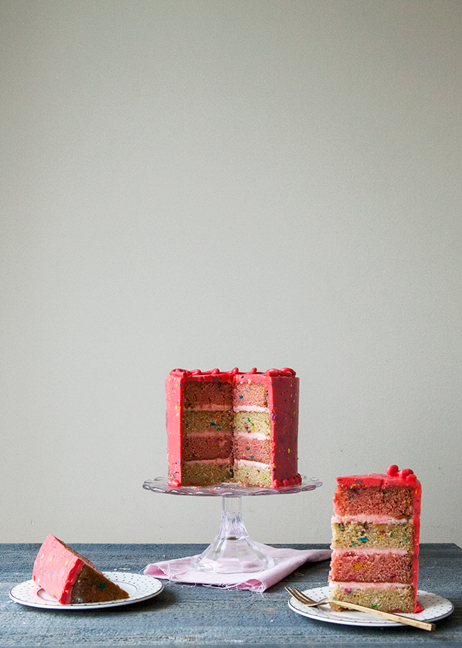 StrawberryConfettiCake8