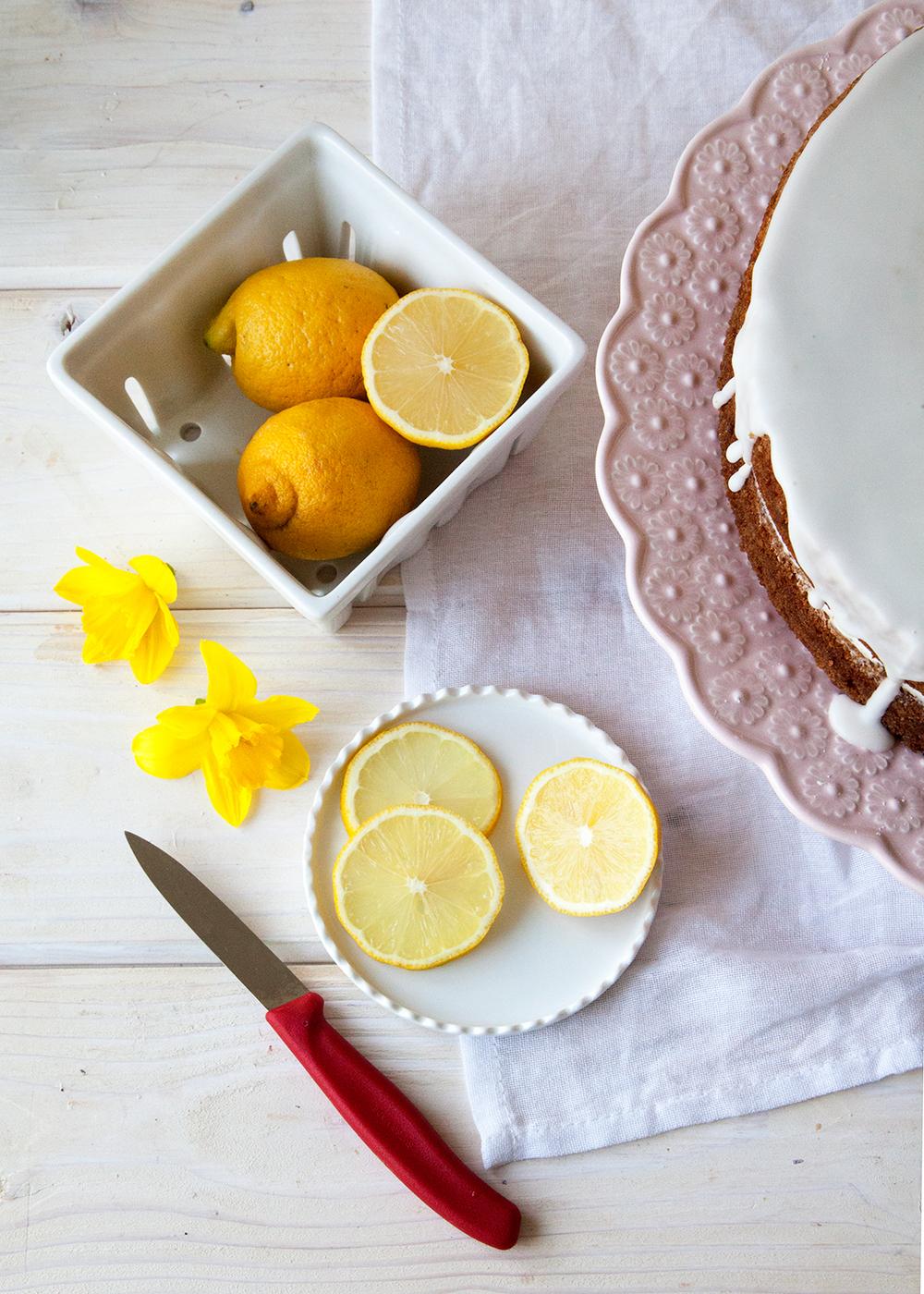 LemonLavenderCake91.jpg