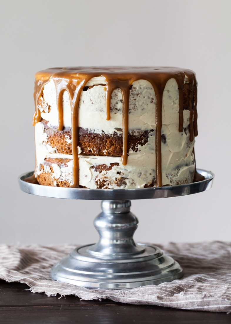 StickyToffeePuddingCake03.jpg