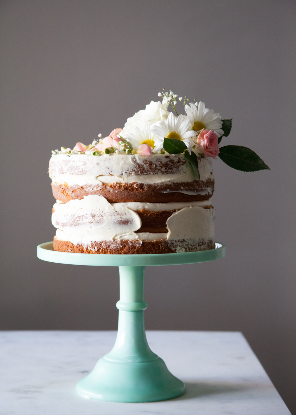 How To Make A Naked Cake Decoration