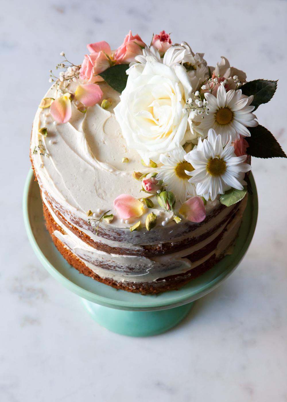 Flower Cake Decoration Images