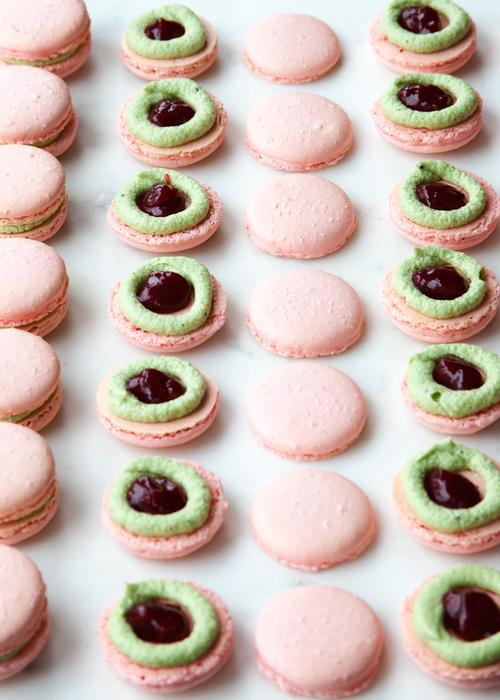 Matcha Raspberry French Macarons — Style Sweet CA