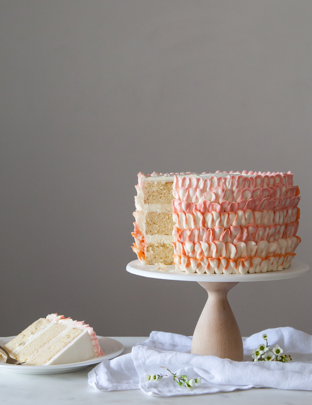 How to make a two-toned ruffle cake.