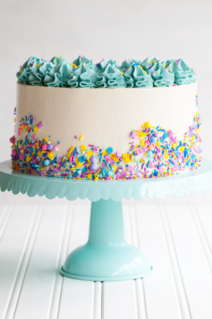 Cook the cover funfetti cake from 39 molly on the range for Decoration layer cake