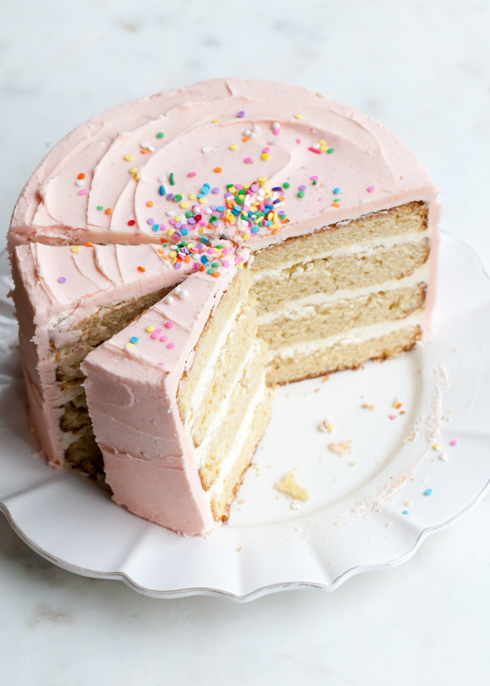 The TOP 10 Best Baking Tips for Layer Cakes.