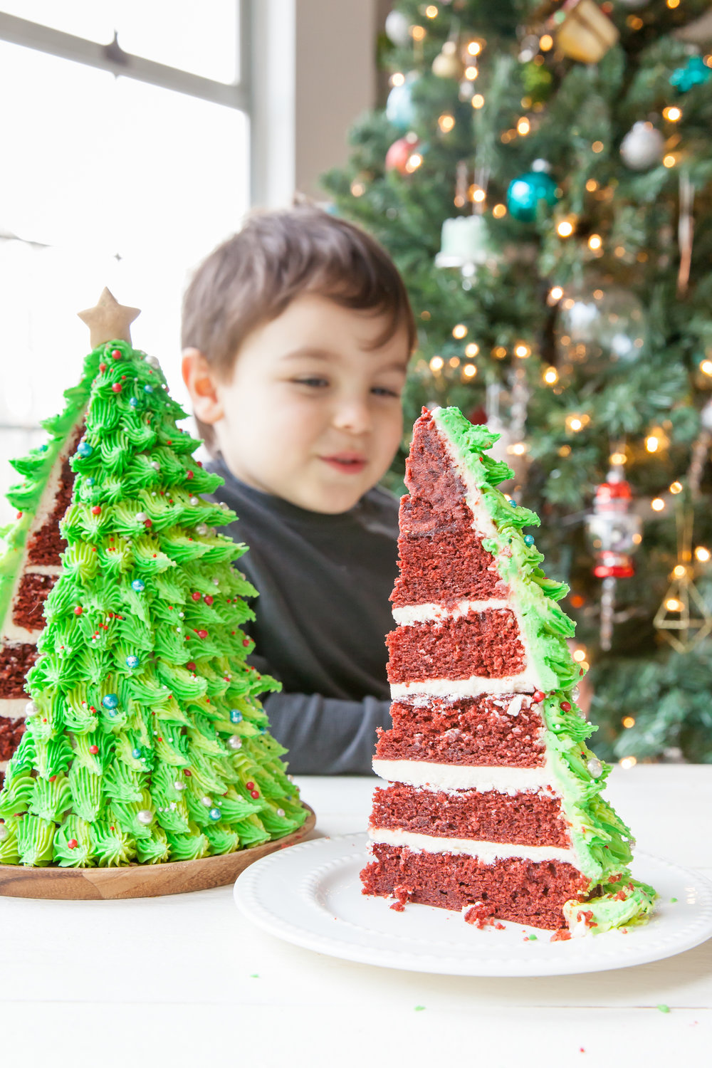Red Velvet Christmas Tree Cake
