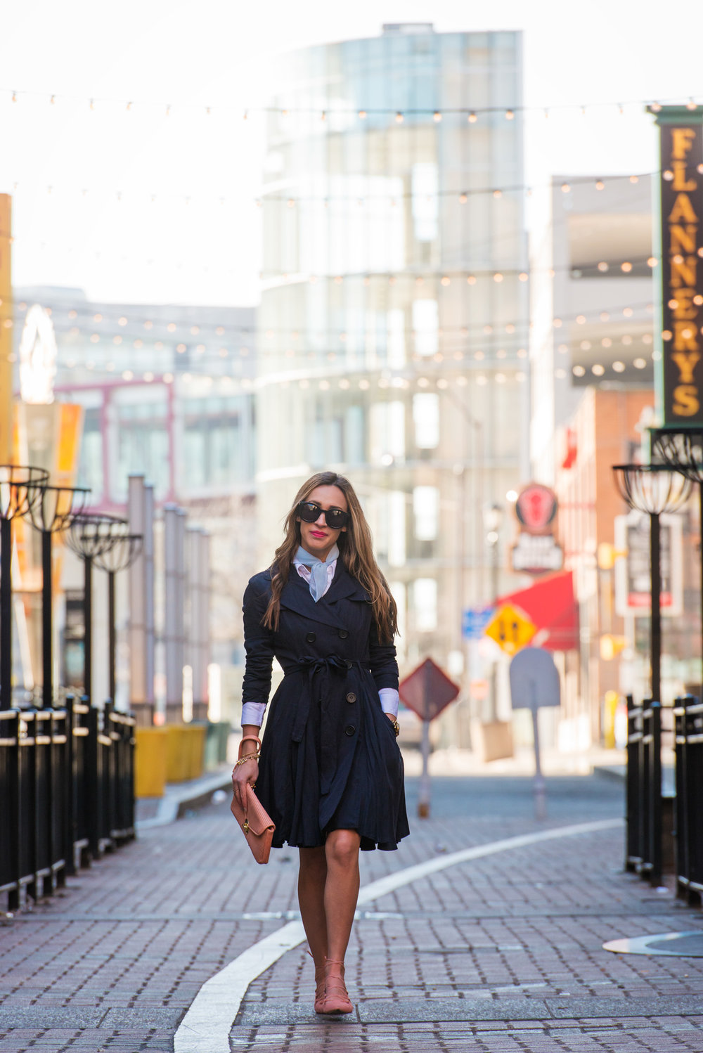 LITTLE NAVY TRENCH - WARDROBE BASICS