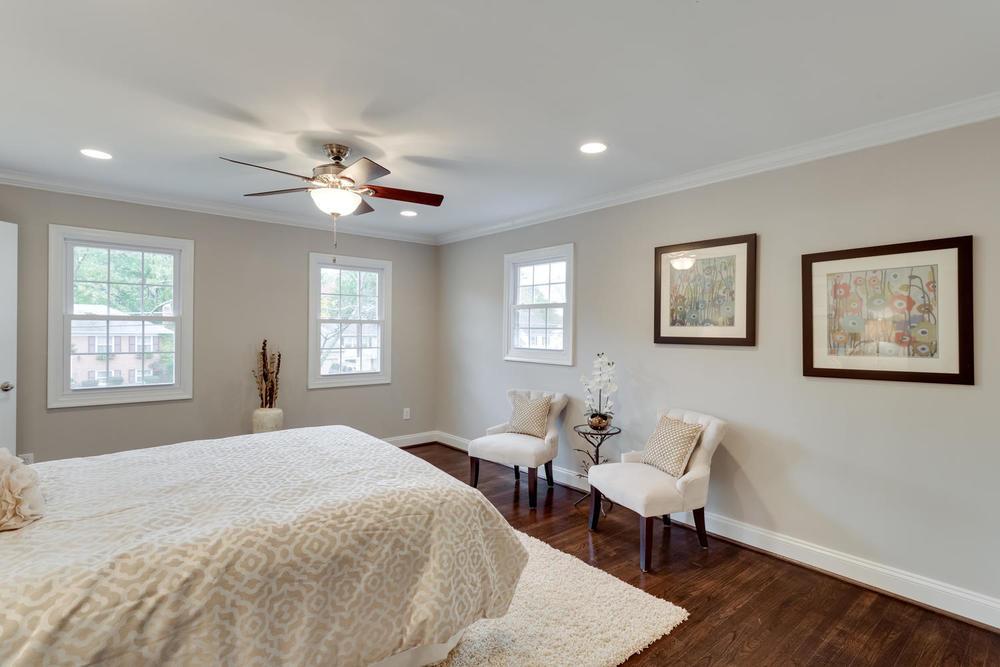 2006 Rampart Dr Alexandria VA-large-034-Master Bedroom-1500x1000-72dpi.jpg