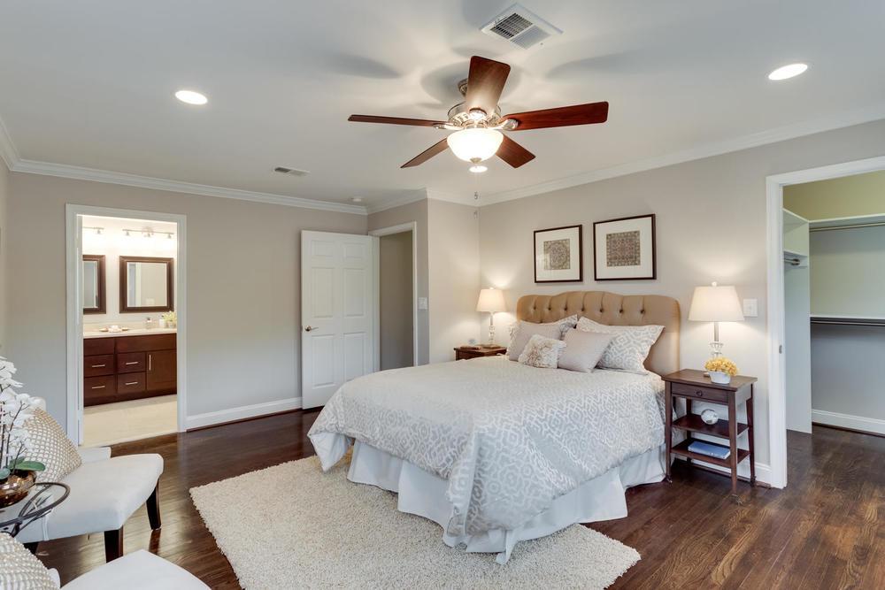 2006 Rampart Dr Alexandria VA-large-036-Master Bedroom-1500x1000-72dpi.jpg