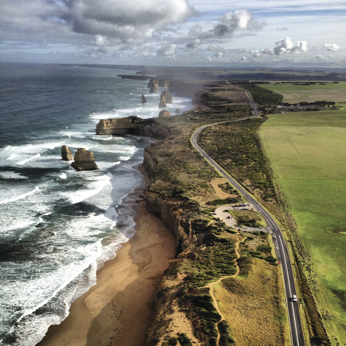 Photo COURTESY OF 12 APOSTLES HELICOPTERS