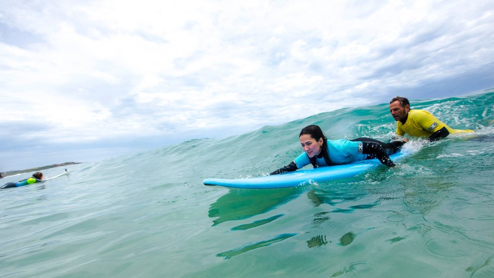 SURF SCHOOL -