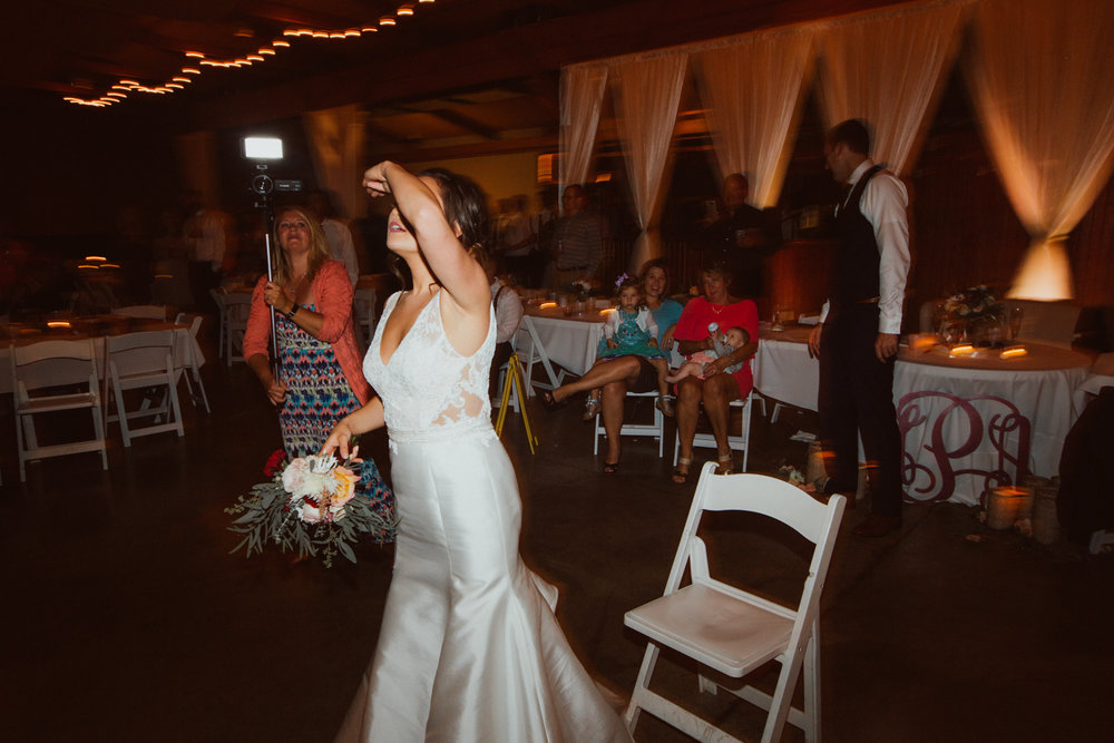 Hannah & Alex_web (839 of 916).jpg