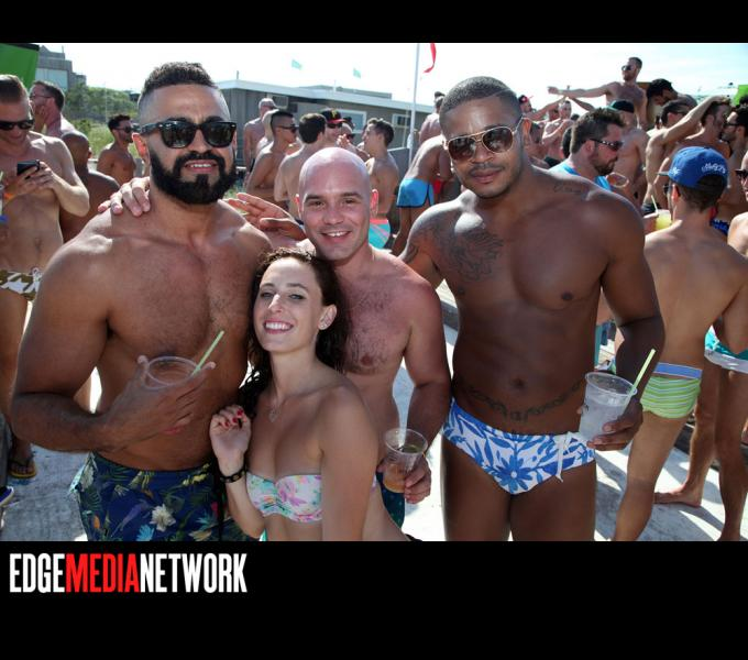 Pines Party 2015: The Pool Party
