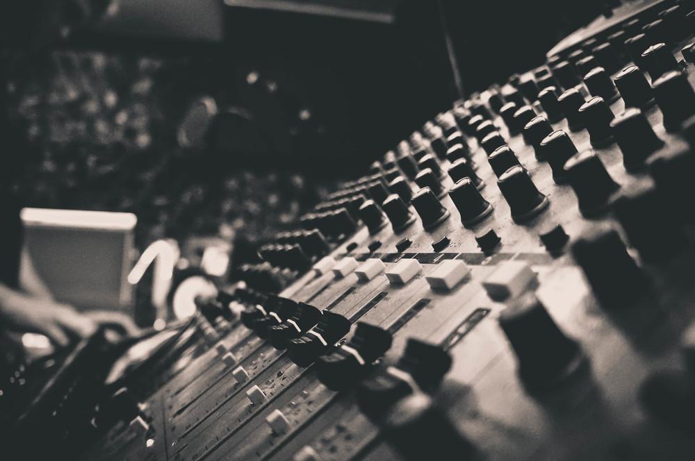 Dark Arps Studio mixing console