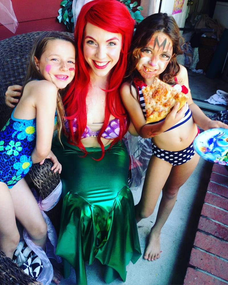 Ariel & girls.jpg