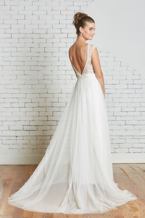 16b.Rebecca_Schoneveld_Poppy_Gown_Back.jpg