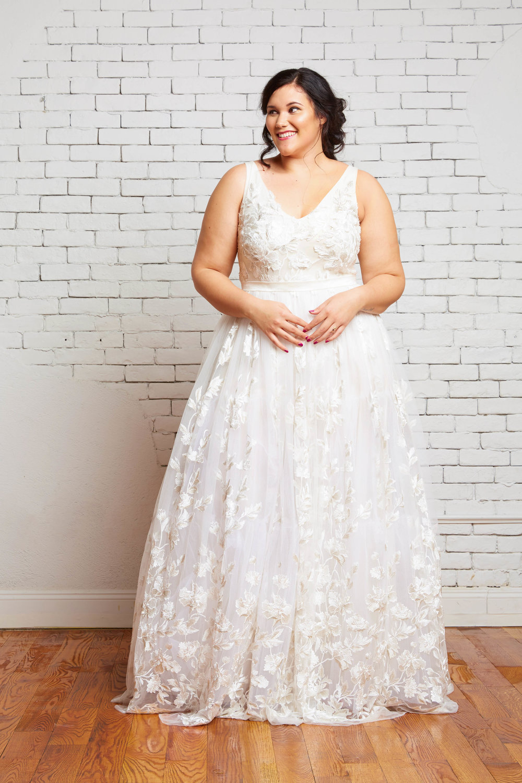 34A. Layla Front 1-Rebecca Schoneveld-2.jpg