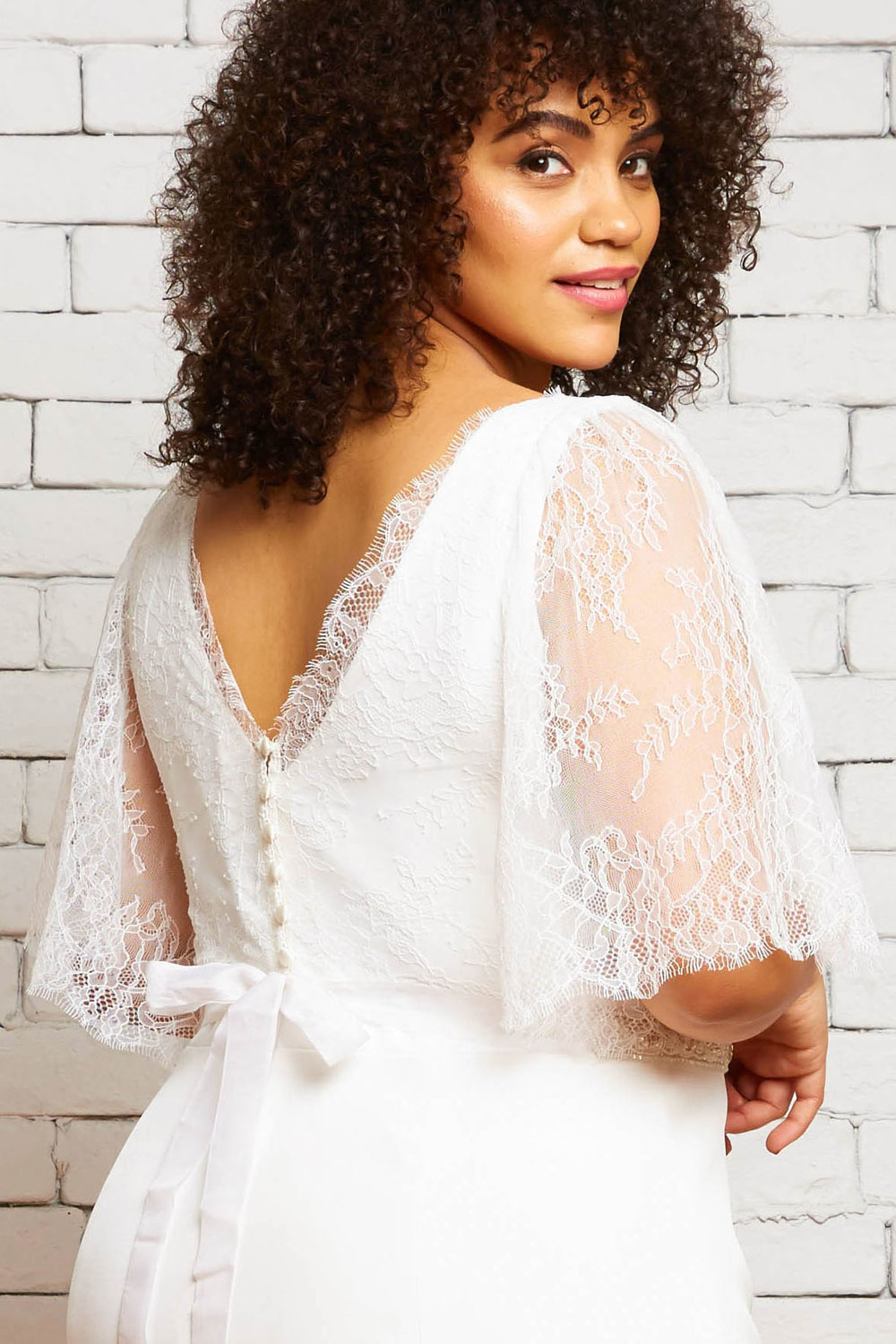 30B Eleanor-Parker Back-Rebecca Schoneveld-Chantilly_Lace_Layered_Separates_Wedding_Style.jpg