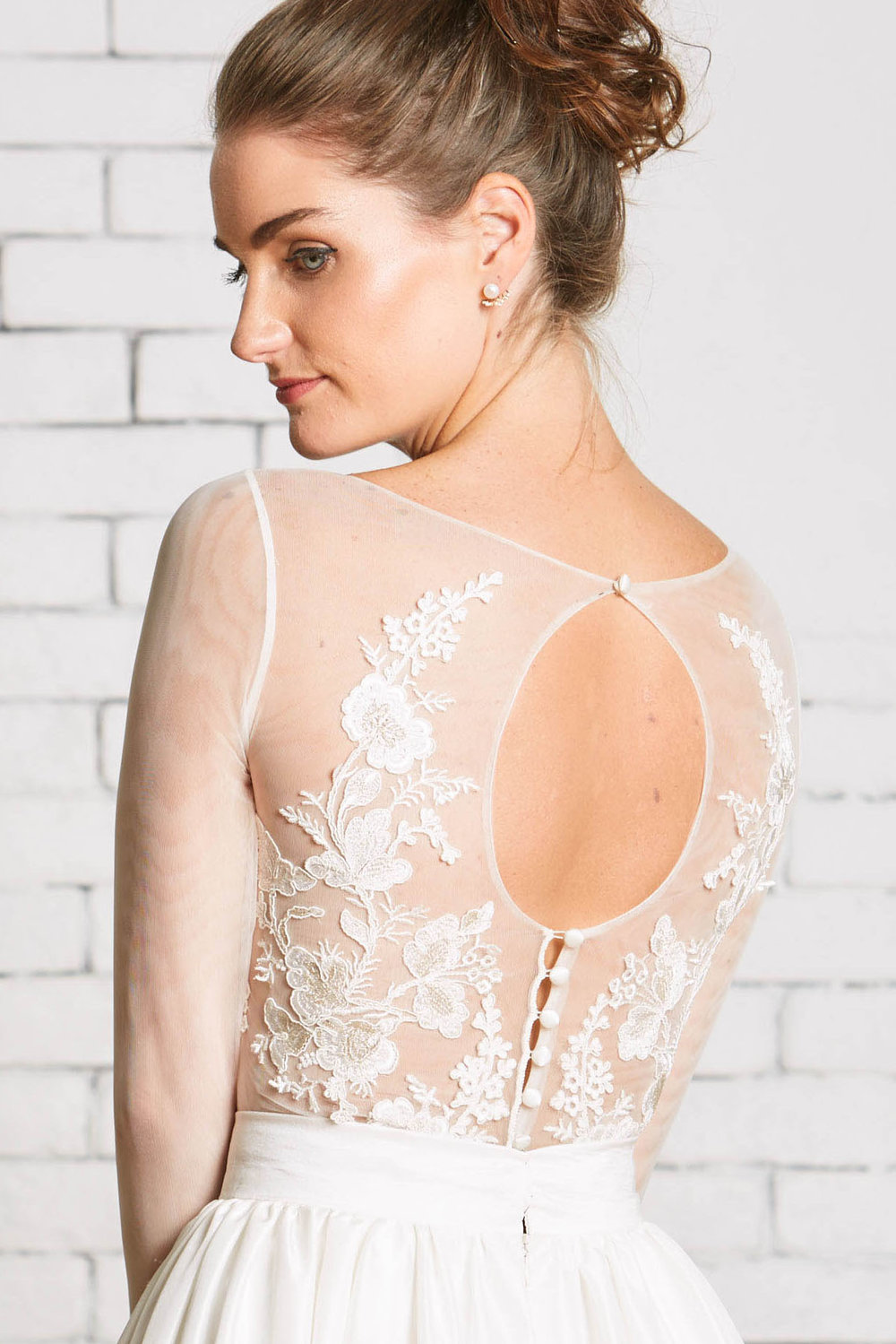 Rebecca_Schoneveld_Capri_Top_Back_Detail-Modern_Applique_Bridal_Separates_Long_Sleeves.jpg