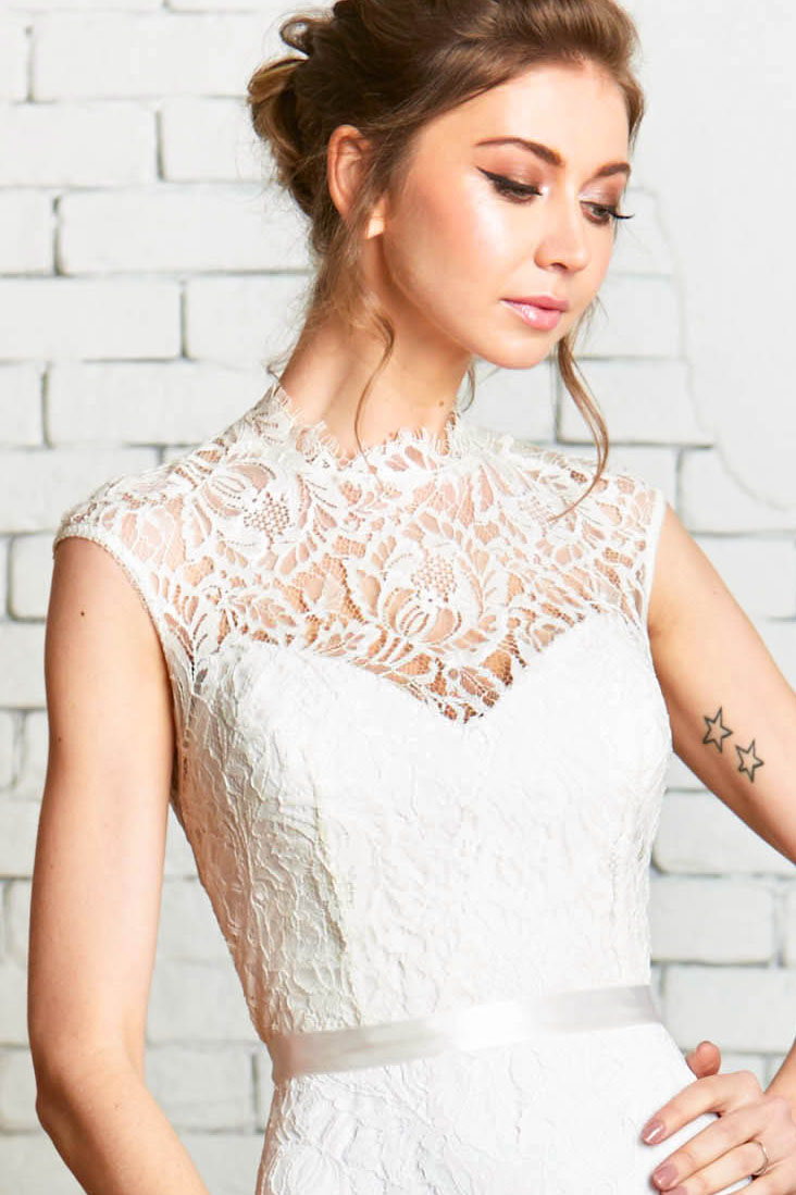 DeyaTop-1 Cap_Sleeve_Modern_Lace_Wedding_Separates.jpg