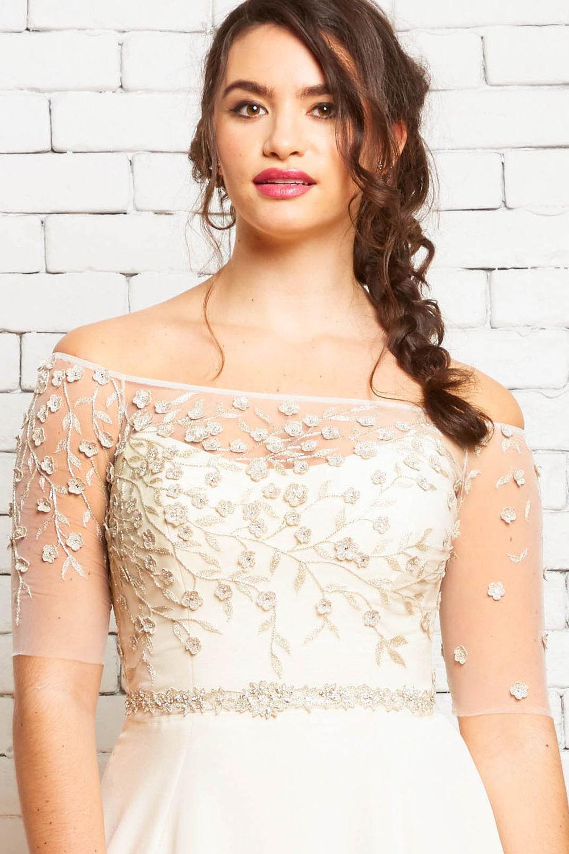 6A Hazel-Brynn Front-Rebecca Schoneveld-Embroidered_Off-the-shoulder_Wedding_Top_Unique.jpg