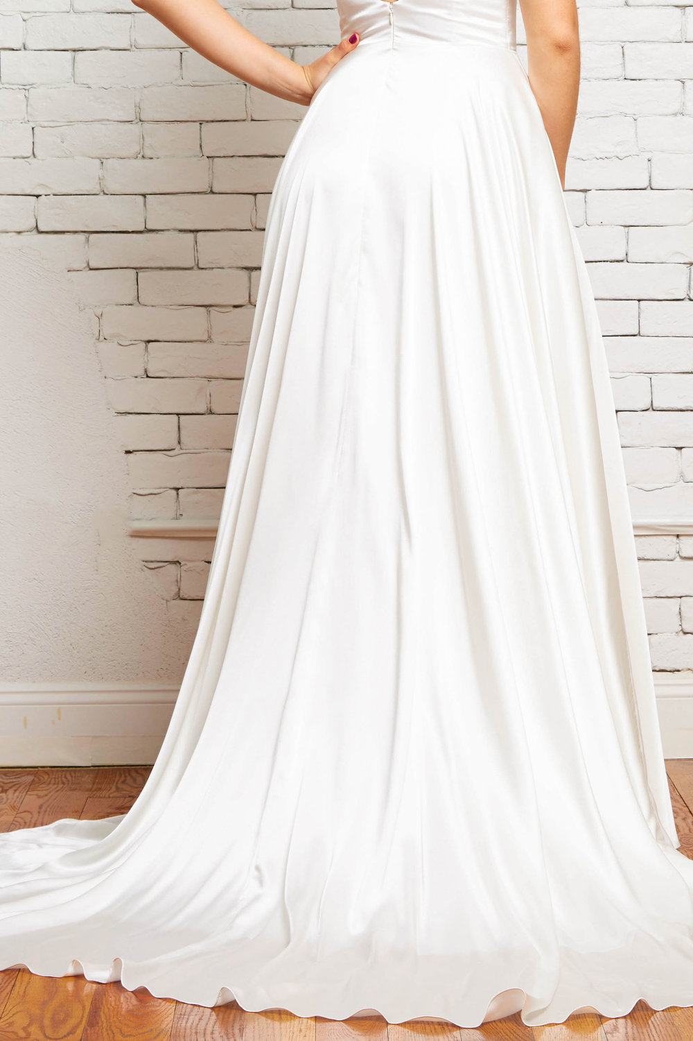 7D Maya Back-Rebecca Schoneveld-Satin_Wedding_Gown_Dramatic_Train_Boho.jpg