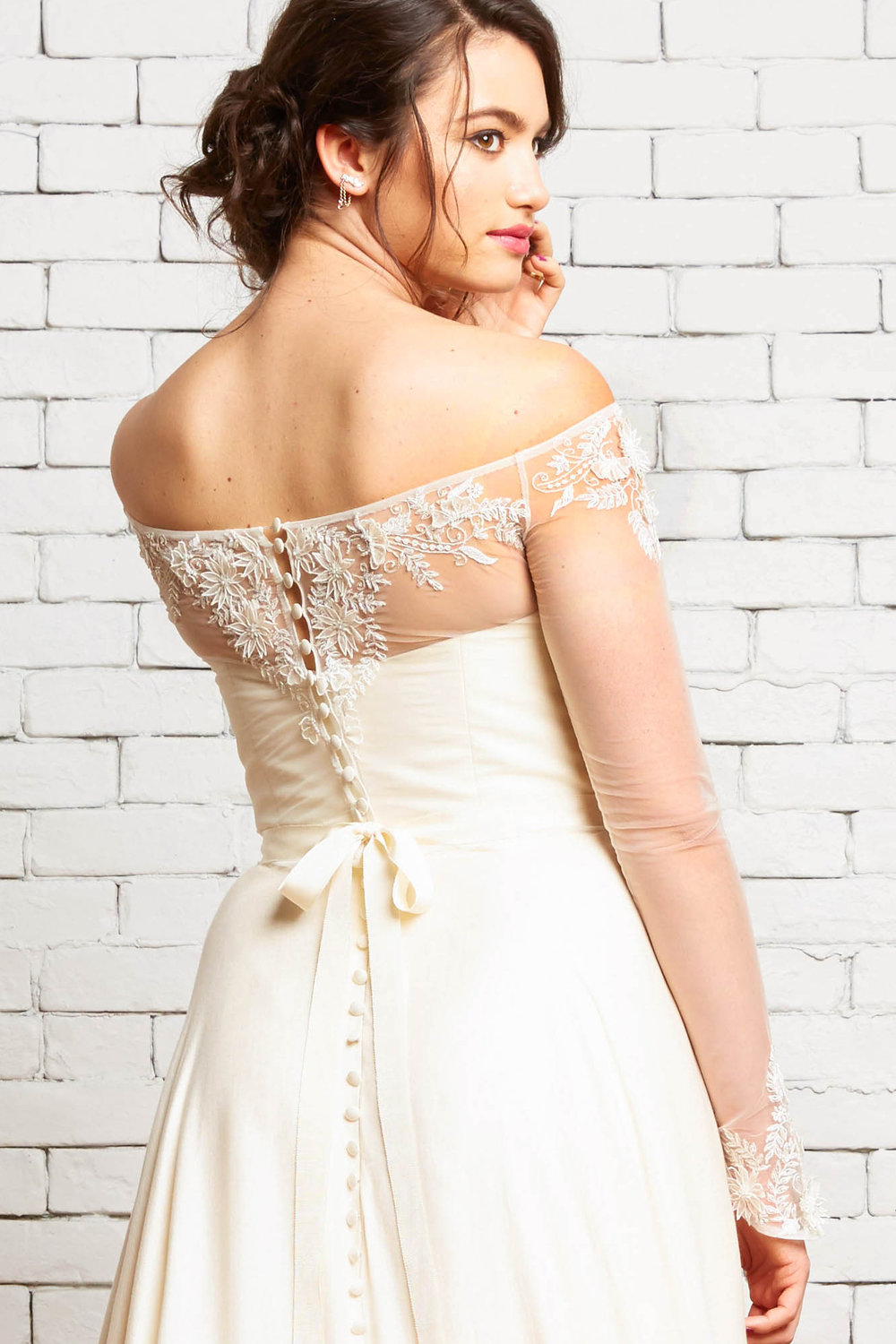Noel_Embroidered_Bridal_Top_Rebecca Schoneveld-2-52.jpg