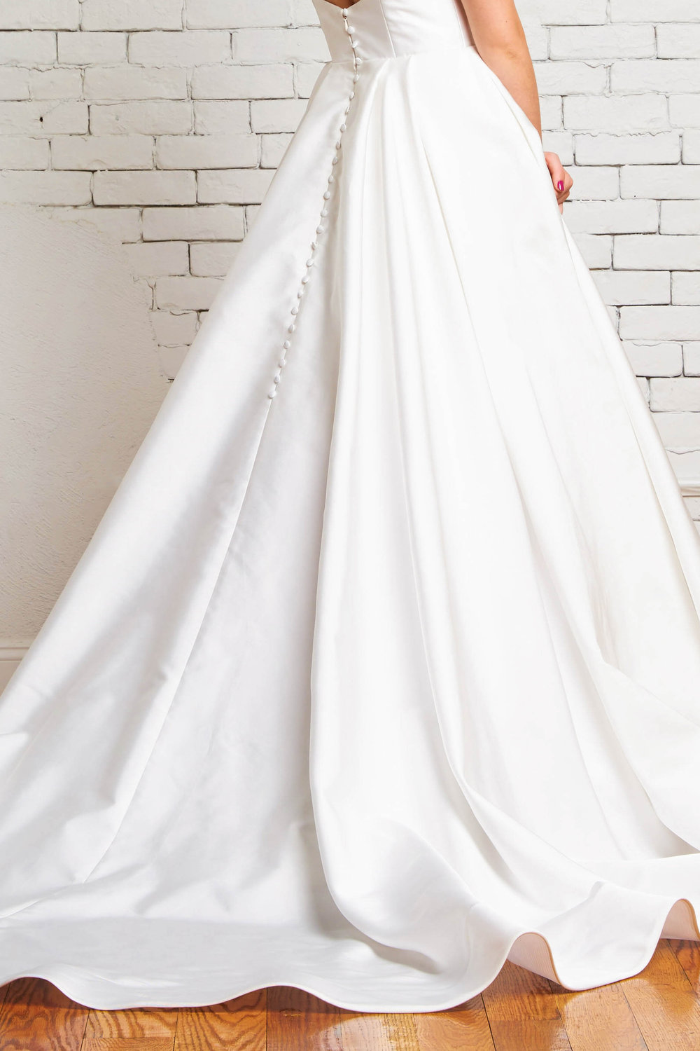 Reese Back-Rebecca Schoneveld-Modern_ballgown_buttons_simple_chic_wedding.jpg