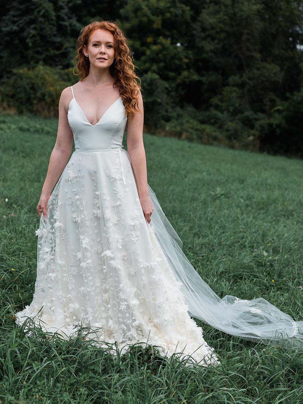 rebecca_schoneveld_reid_gown_romantic_boho_ivory_4.jpg