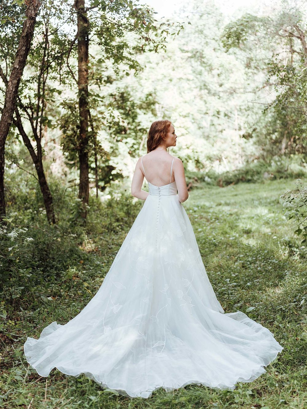 WSPCo-Gather-Greene-Rebecca-Schoneveld-Bridal-478_wedding_ballgown_flower_designs_boho.jpg