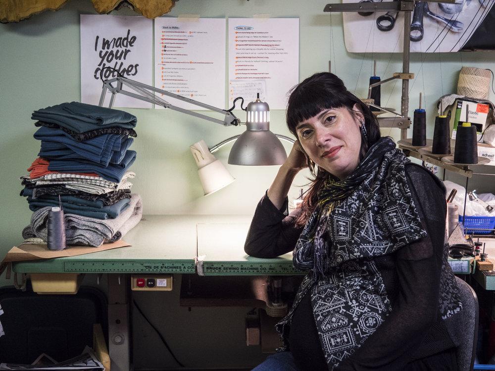 Melissa Ferreira /  Adhesif Clothing