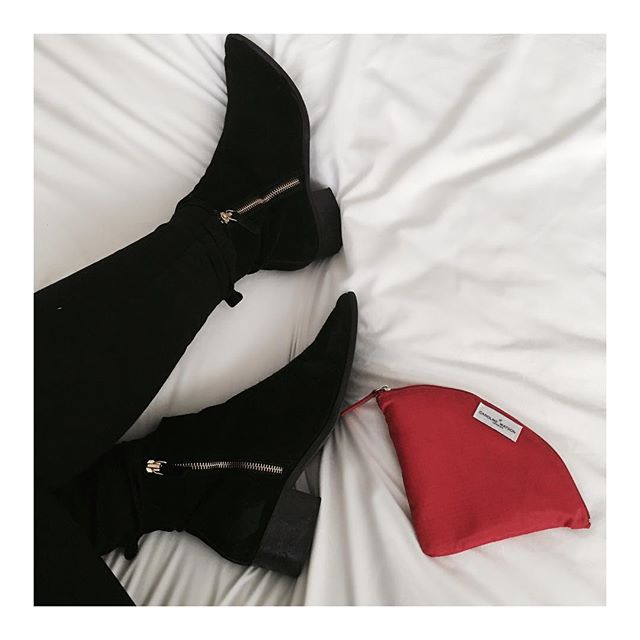 #Mood : New Bag |New Boots| New You #carolinewatsonlondon #thedenny #Yourlifeinyourbag #yourlifeyourbagyourrules