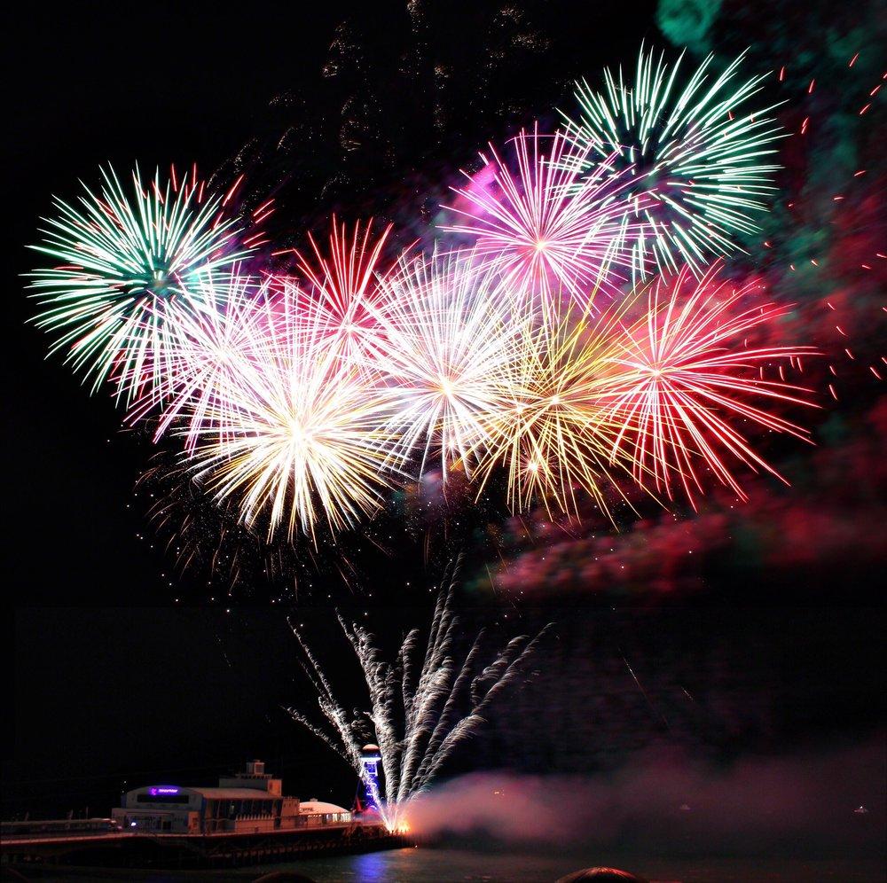 celebration-festival-fireworks-1387577.jpg