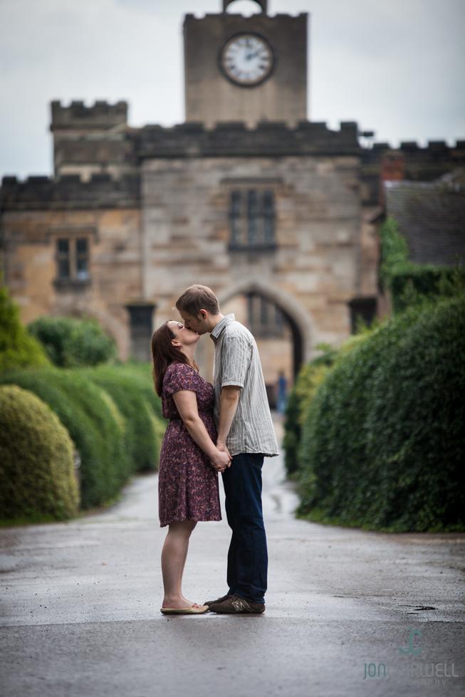 Elvaston_castle_Engagement_photos_Jon_Cripwell-Tootill_Engagement-0813-028
